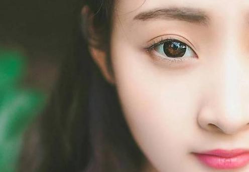 面相学:桃花眼长什么样?桃花眼面相好