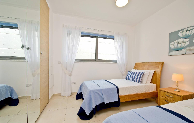 卧室窗户需要对称吗 对风水有影响吗
